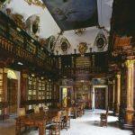 Biblioteca Arcivesvovile